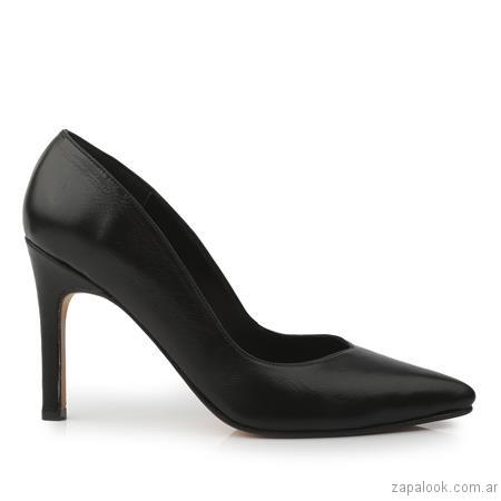 stilettos negros invierno 2017 - Ferraro calzados