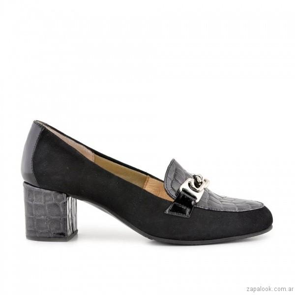 zapatos negros tacos bajo tipo mocasin invierno 2017 - Valerio