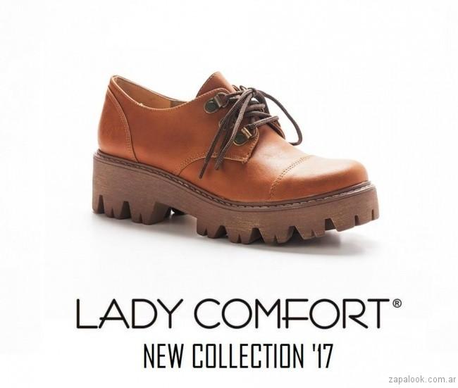 zapato acordonado marron invierno 2017 Lady Comfort