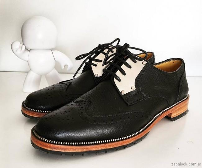 zapatos abotinados negros invierno 2017 - Calzados Gekke