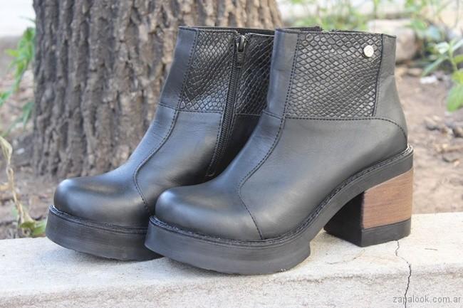 botinetas negras con taco invierno 2017 - Calzados Tops