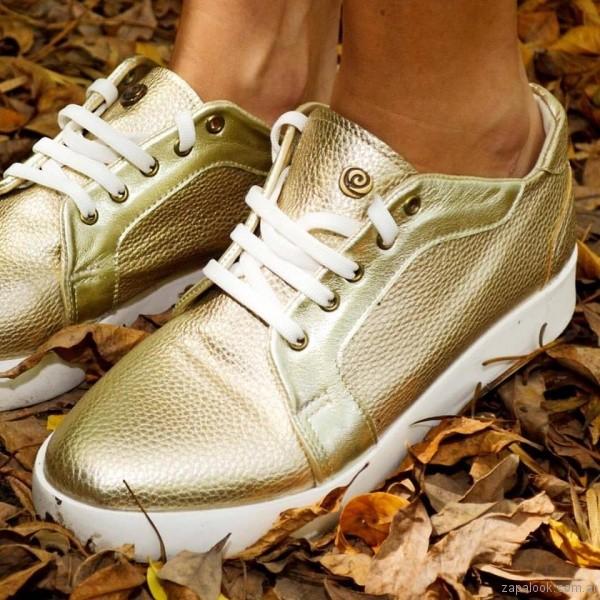zapatillas urbanas doradas Mary Roose - calzados otoño invierno 2017