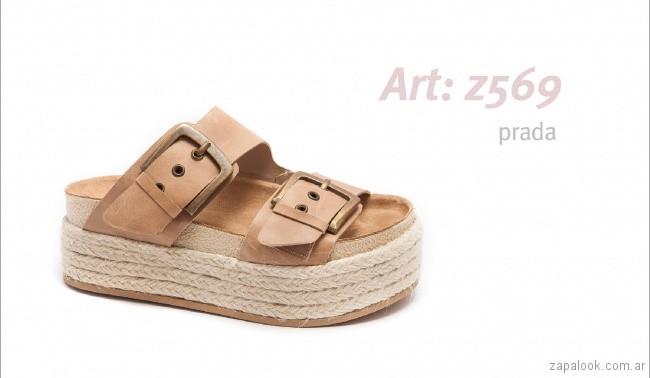 Sandalias con base alta con hebillas primavera verano 2018 - calzados Traza