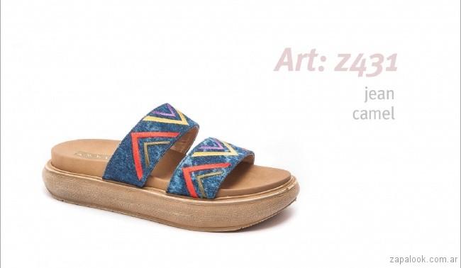 Sandalias con base alta jeans bordado primavera verano 2018 - calzados Traza