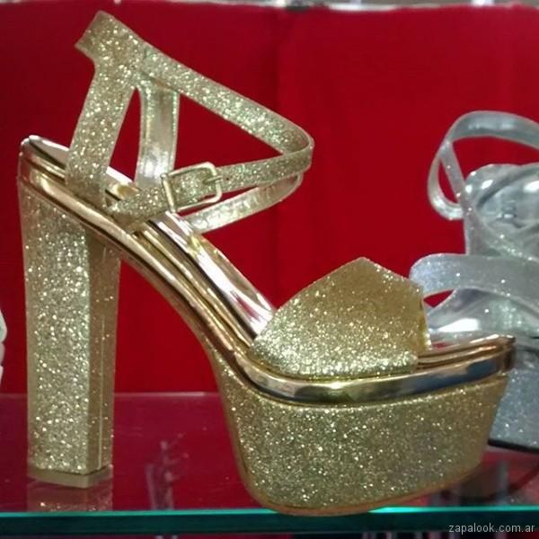 sandalia dorada alta de glitter verano 2018 - Bonzini