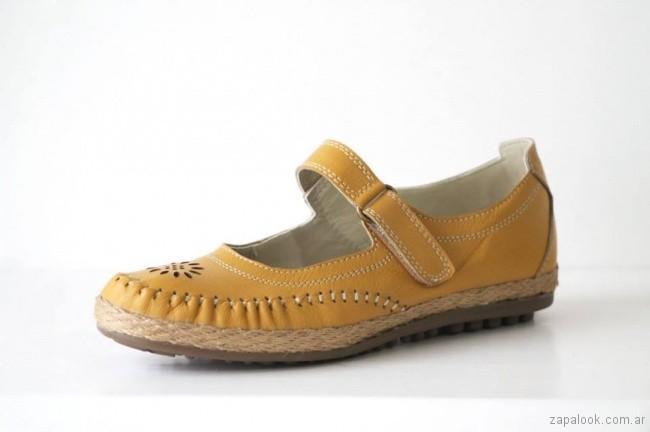 zapatos amarillos primavera verano 2018 Circle Urbano
