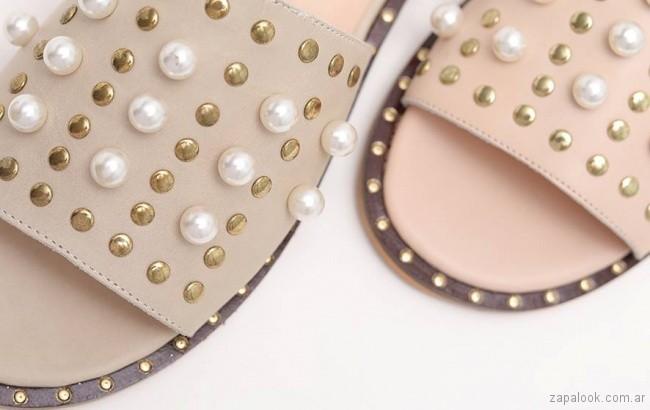 calzado con detalles de perla verano 2018 - Praxis