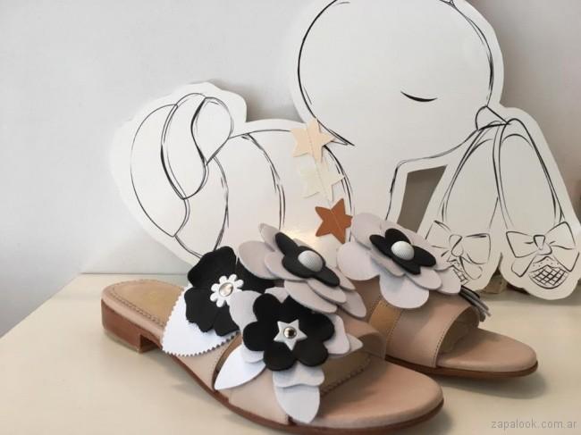 sandalias con flores 3d verano 2018 Alfonsina Fal