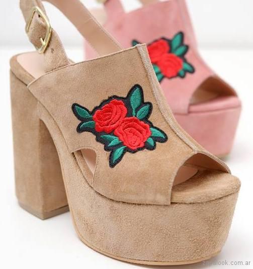 comprar online 46405 a6ab8 sandalias con plataformas bordadas verano 2018 – Praxis ...