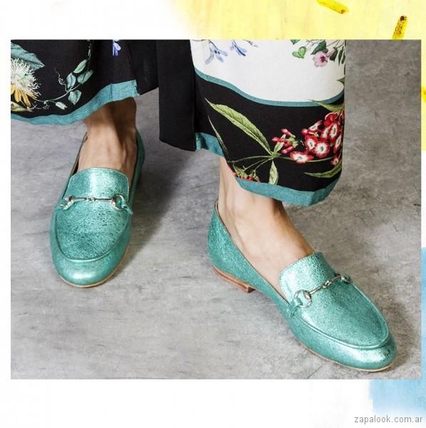 mocasines metalizados verde primavera verano 2018 - Cestfini