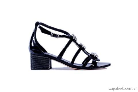 sandalia negra baja verano 2018 - Tosone