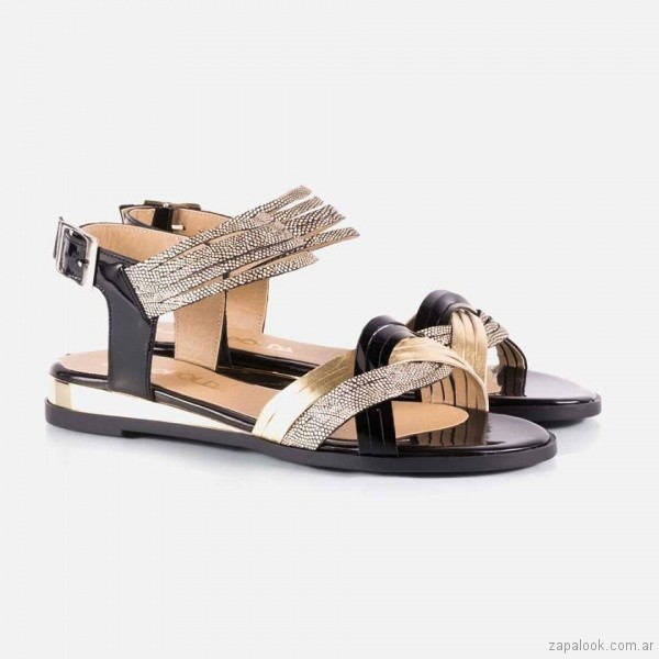 sandalias planas negras y doradas primavera verano 2018 - La Leopolda