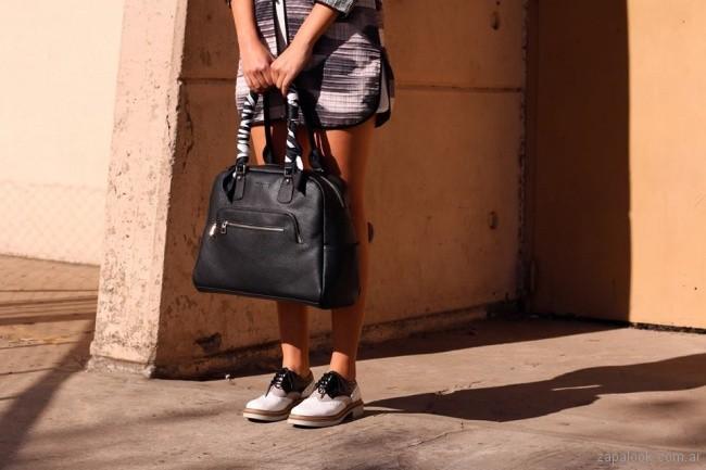 zapatos abotinados y carteras verano 2018 - Tosone