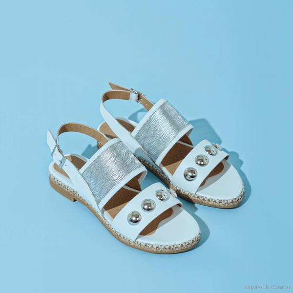 sandalias blancas y plateadas primavera verano 2018 - Calzados Lucerna