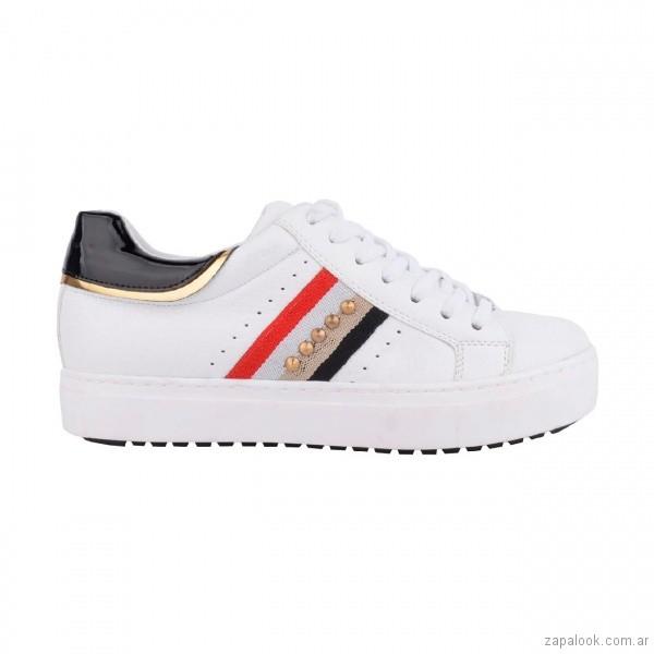 zapatillas-blanca-con-rayas-de-colores-verano-2018-Luna-Chiara