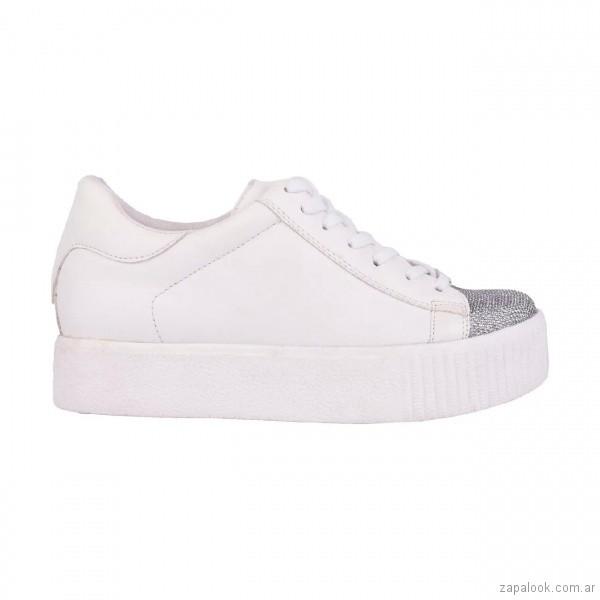 zapatillas-blancas-punta-plateada-verano-2018-Luna-Chiara