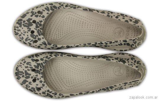 zapato animal print Crocs verano 2018