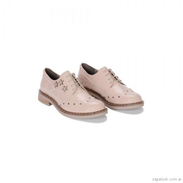 zapatos abotinados rosados otoño invierno 2018 - Calzados Viamo