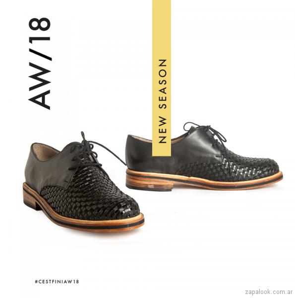zapatos negros abotinados para mujer invierno 2018 - Cestfini