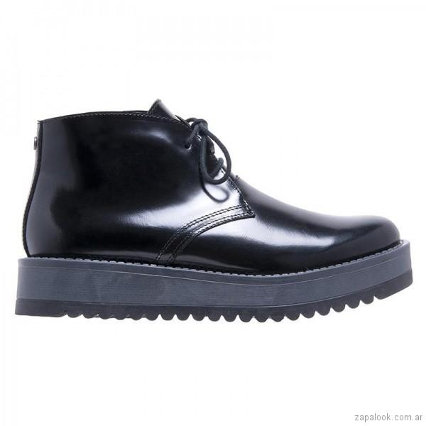 e224574985 good zapato abotinado en cuero brillloso invierno hush puppies with calzado  cuero