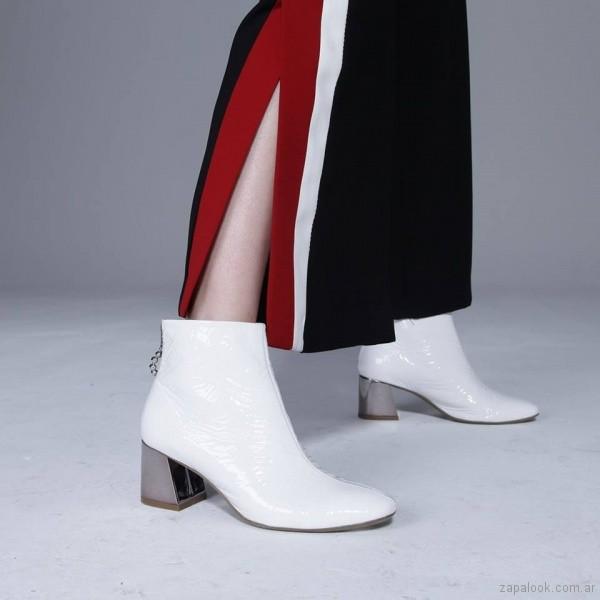botas blancas de charol invierno 2018 - American Pie