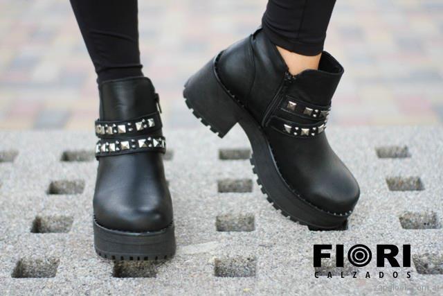 botinetas con tachas para mujer invierno 2018 FIORI Calzature