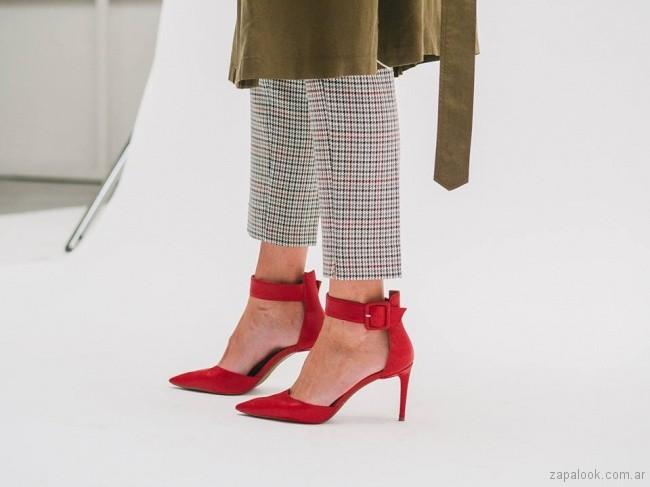 stilettos rojos invierno 2018 Via Uno Argentina