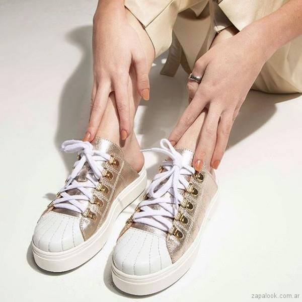 4084995e3f3 Zapatillas blanca y doradas – Calzado Micadel verano 2019 – Zapalook