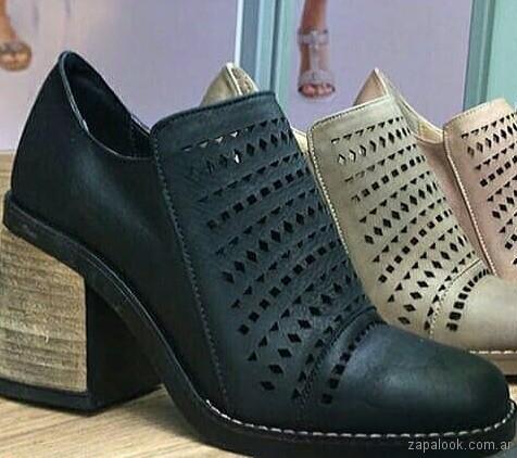 zapatos calados taco medio - calzados Heyas verano 2019