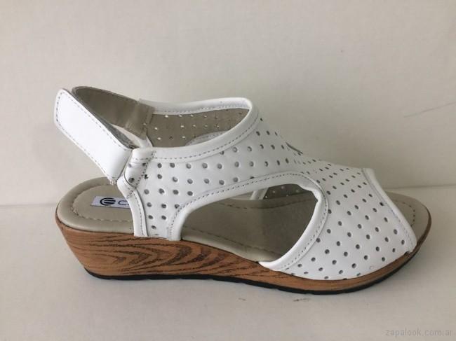 Sandalias blancas para señoras - Circle Urbano verano 2019