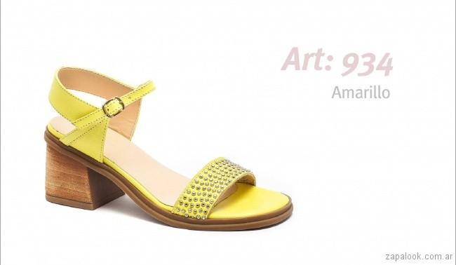 sandalias amarillas primavera verano 2019 - Traza calzados