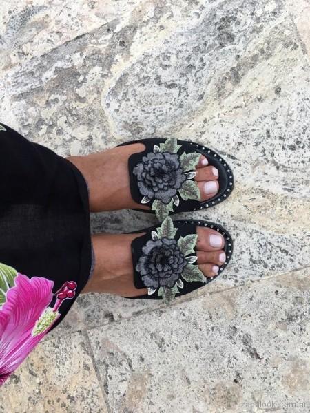 sandalias con flor de tela bordada Luz sierra Zapatos primavera verano 2019