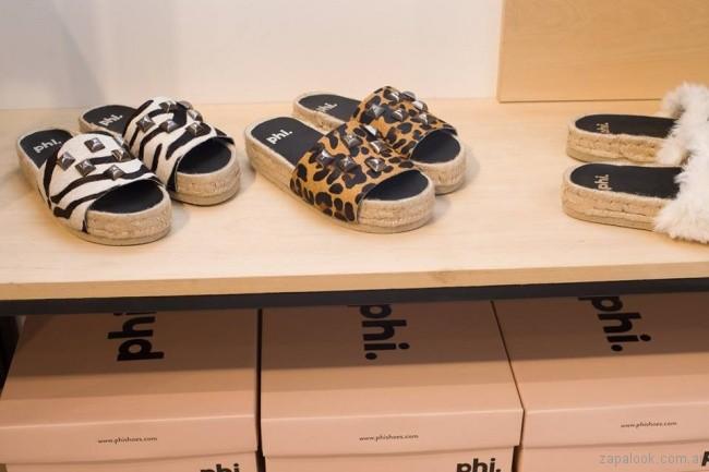 sandalias planas con plataforma baja animal print phishoes primavera verano 2019