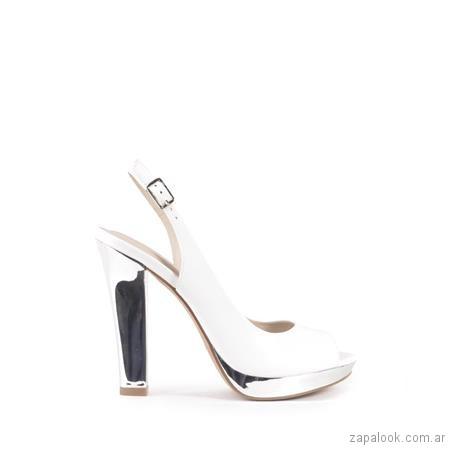 Zapatos blancos y palteados fiesta verano 2019 - Ferraro