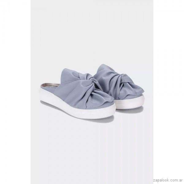 zapatos-planos-con-nudo-celeste-verano-2019-Viamo