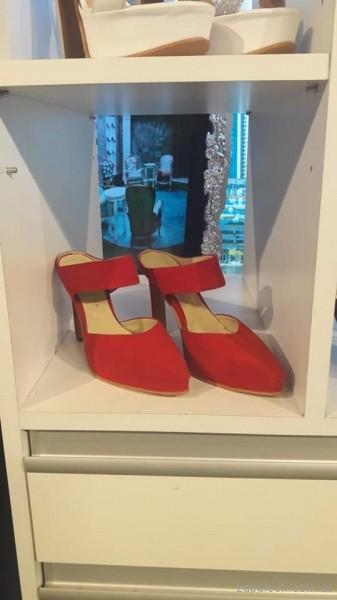 zapatos rojos en punta con taco verano 2019