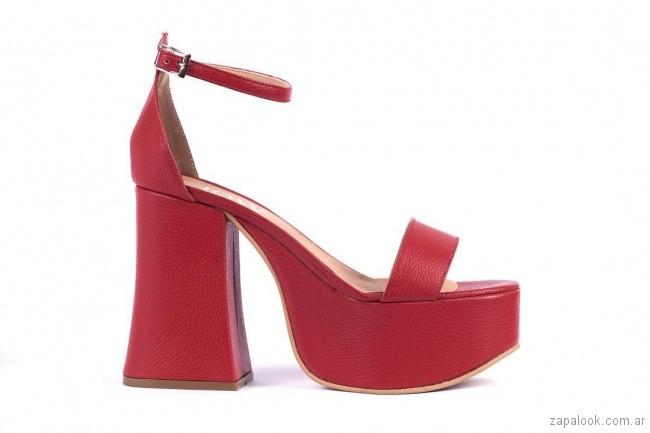 Sandalias rojas con plataformas verano 2019 - JOW