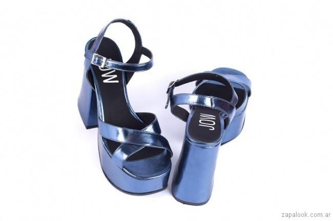 sandalias altas taco grueso metalizado azul verano 2019 - JOW