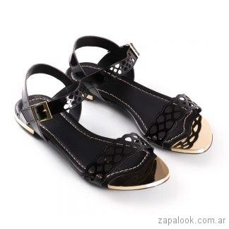sandalias negras planas sandalias marrones planas verano 2019 - La Leopolda