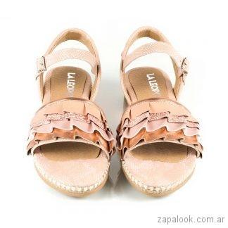 sandalias planas rosadas sandalias marrones planas verano 2019 - La Leopolda