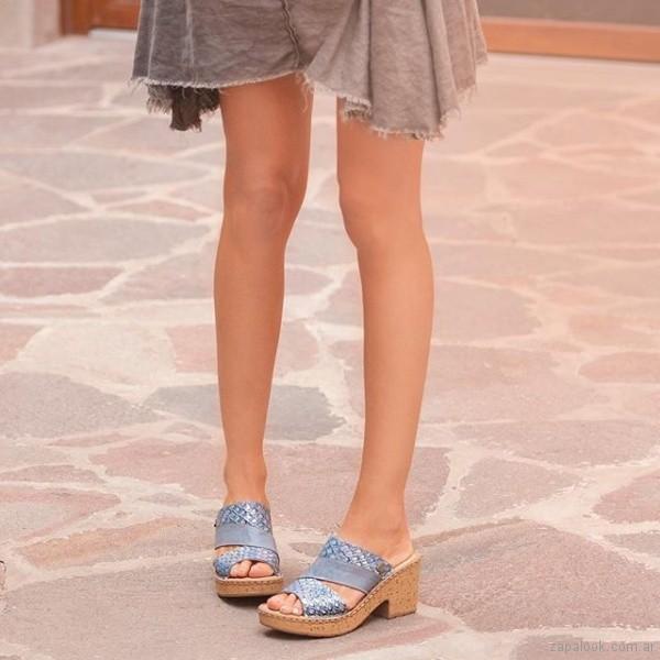 sandalias celestes para mujer verano 2019 - Cavatini