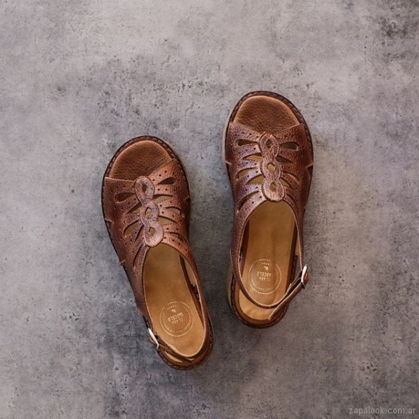sandalias de cuero verano 2019 - Clara Barcelo