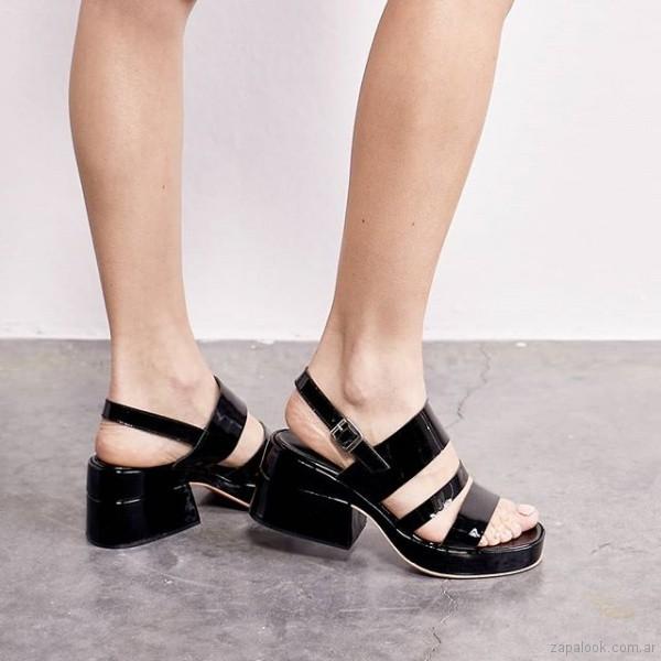 sandalias negras de charol 2019 Sibyl Vane