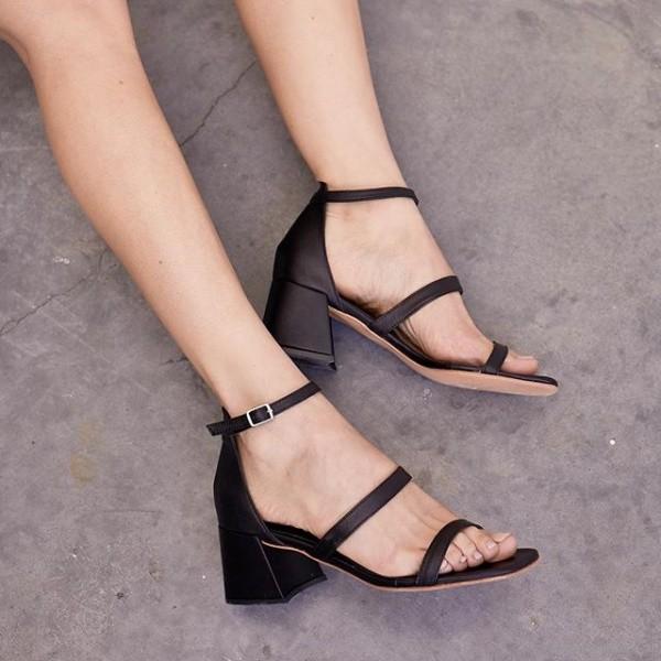 sandalias negras tiras finas 2019 Sibyl Vane