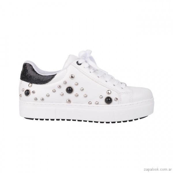 zapatillas con tachas y perlas juveniles verano 2019 - Luna Chiara
