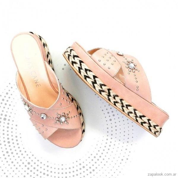 sandalias rosadas con perlas verano 2019 - Tomas Cane