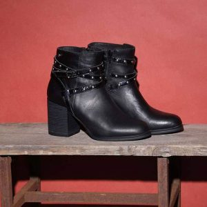 Botas negras taco medio invierno 2019 by Fragola
