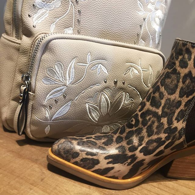 bota animal print invierno 2019 Magali Shoes