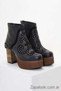 botas negras altas de cuero invierno 2019 Clara Barcelo