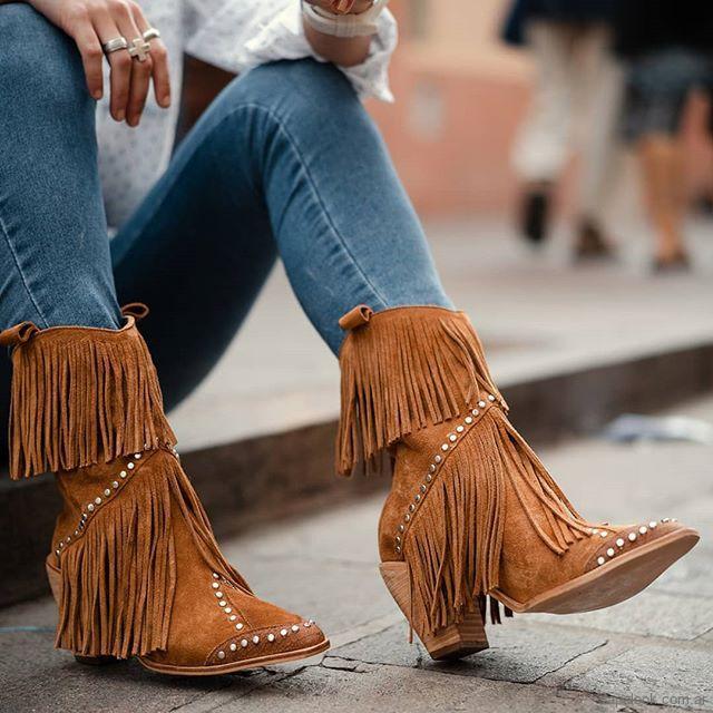 botas texanas con flecos Lola Roca invierno 2019